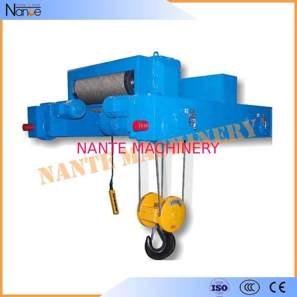Petrochemical Mining Oil Electric Wire Rope Hoist 3P 380V Plywood Packing